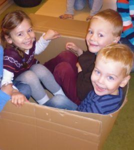 Kinder Karton1